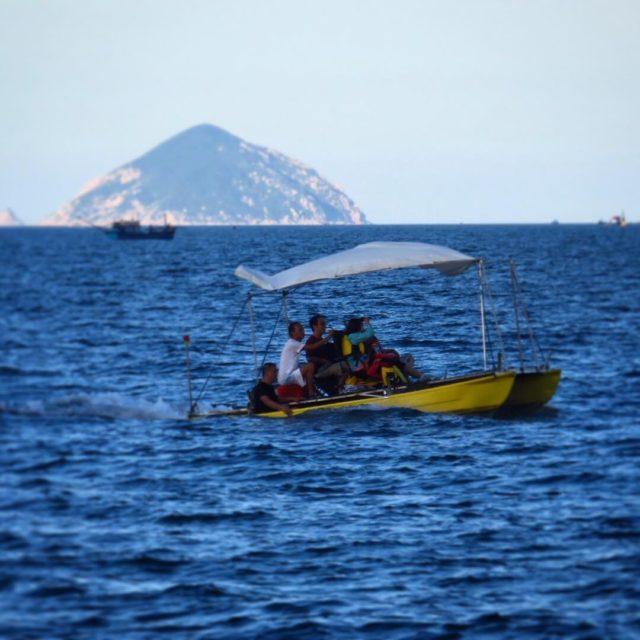 Da 157 El mar azulsimo en NhaTrang Vietnam2016 blueocean marazulhellip