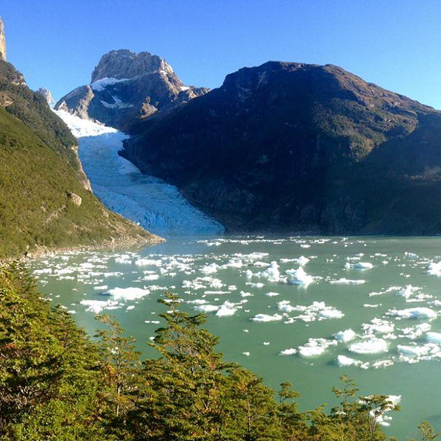 Hoy desde PuertoNatales salimos a visitar el GlaciarSerrano Estamos feliceshellip