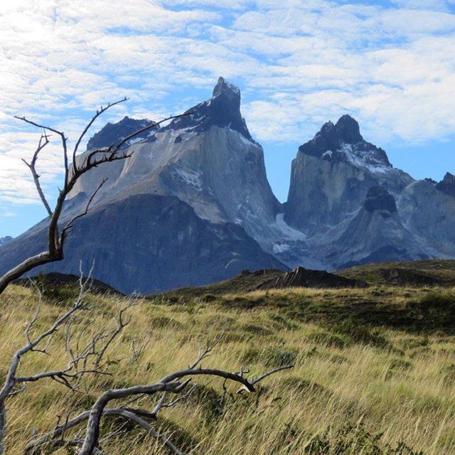 Los CuernosDelPaine son menos conocidos que las Torres pero sientohellip